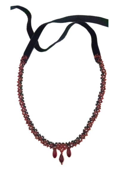 blood-drenched lace collection carmilla necklace